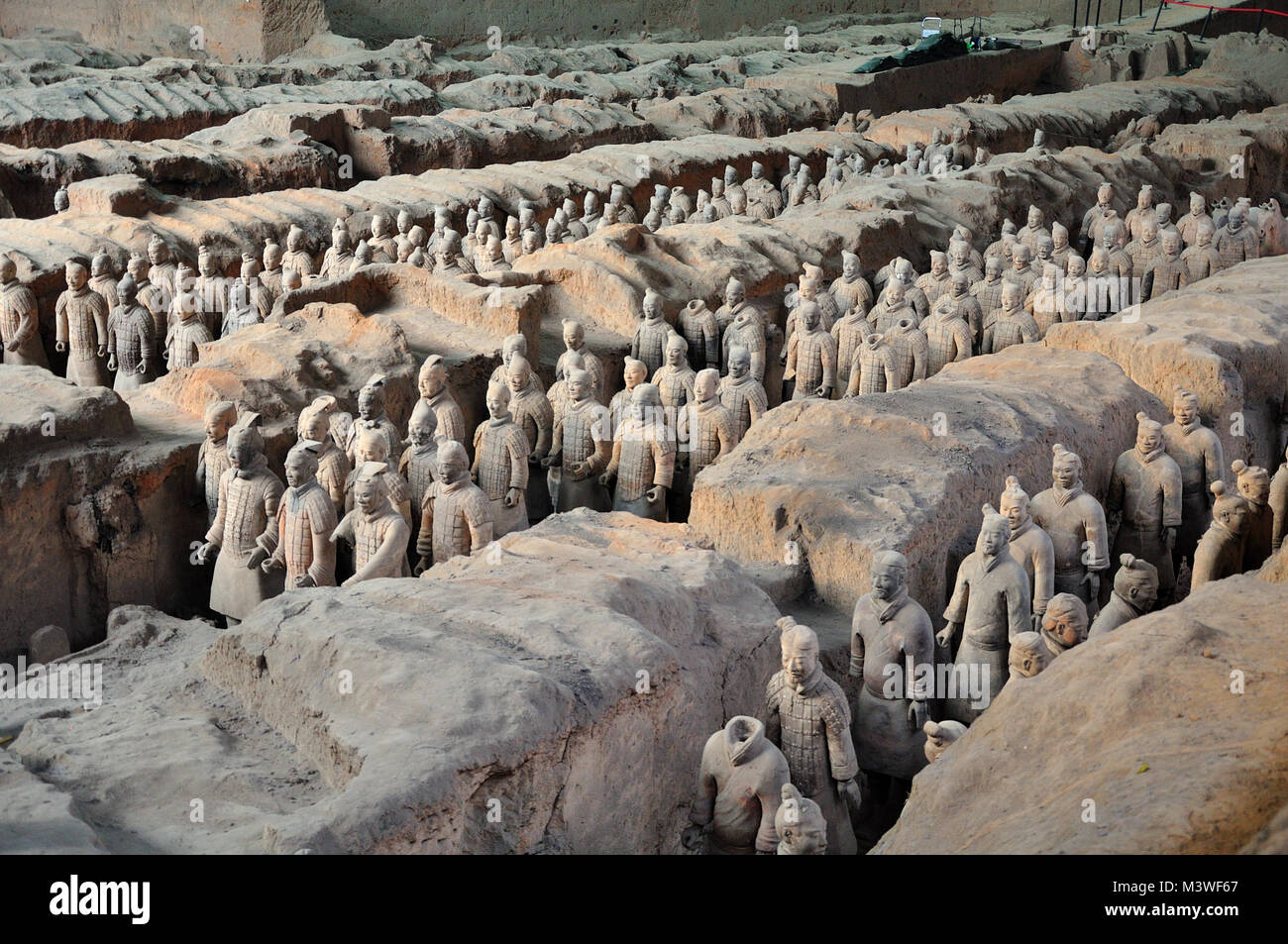 Terracotta Warriors ancient army guarding Emperor's tomb Xi'an China - Stock Image
