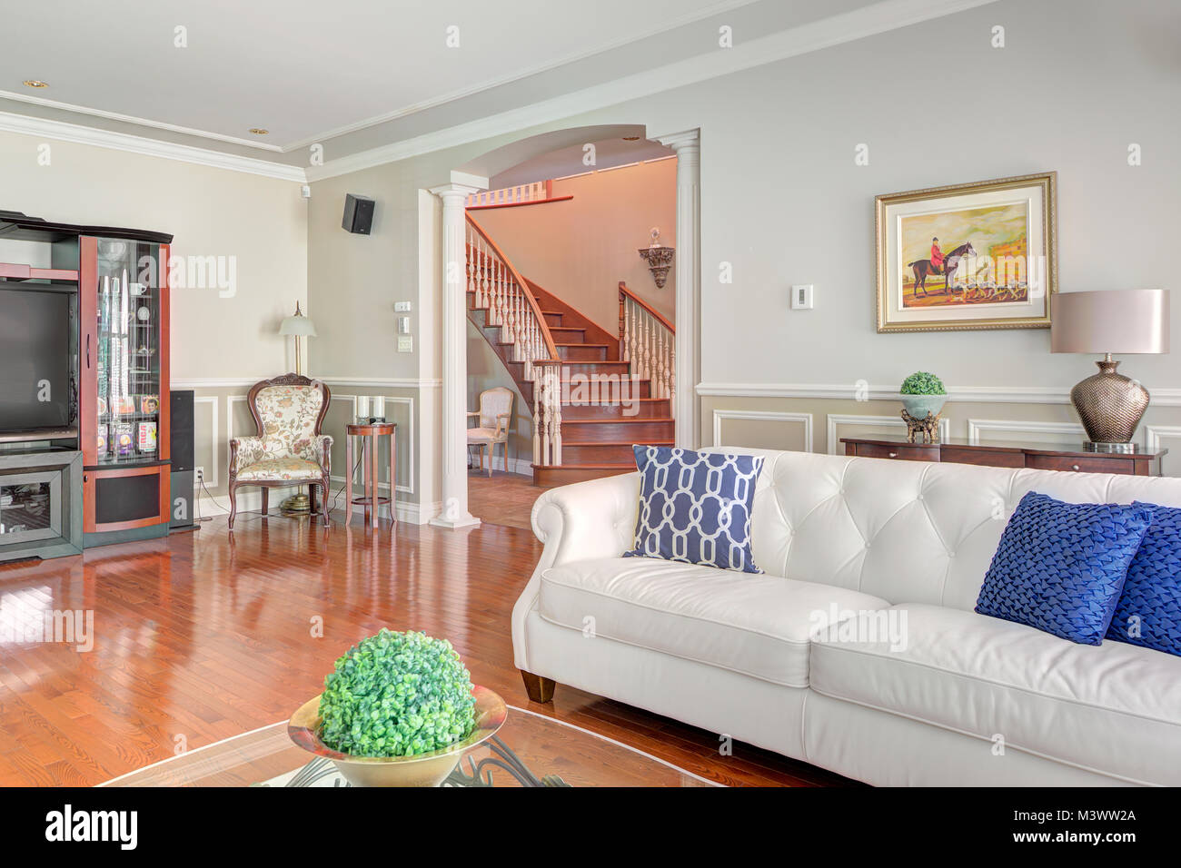 Luxury Living Room Tv Walls High Resolution Stock Photography And Images Alamy