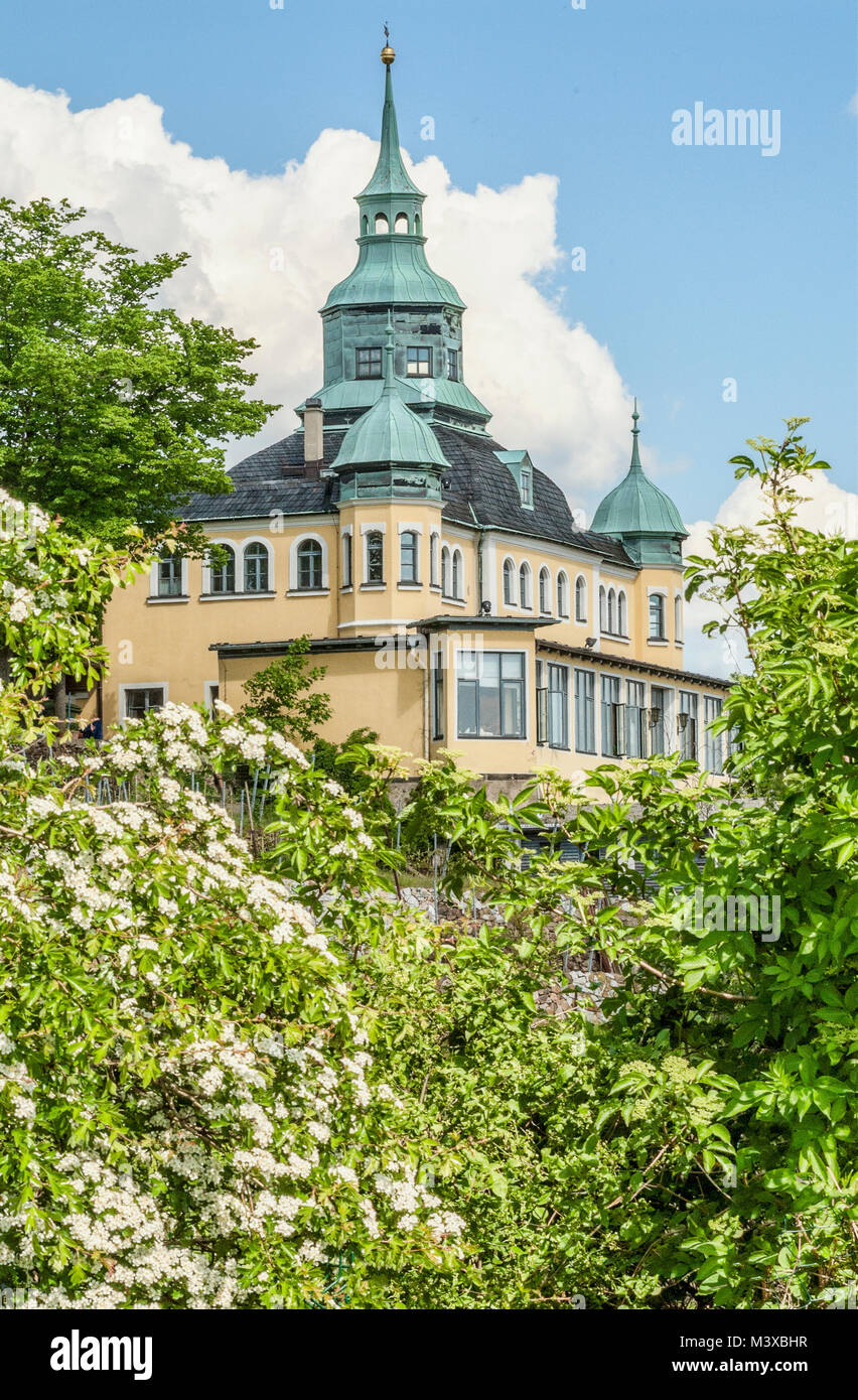 Spitzhaus a landmark built in 1622 at the Vineyards of Radebeul near Dresden, Germany - Stock Image