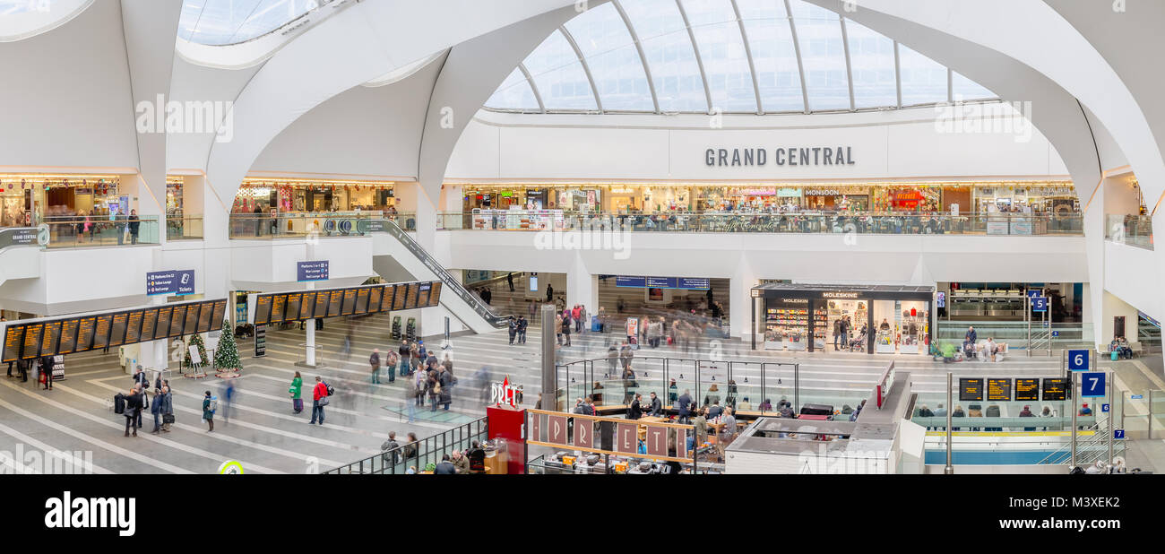 Panoramic view of Birmingham New Street Station from the Grand Central shopping center, at the heart of the city - Stock Image