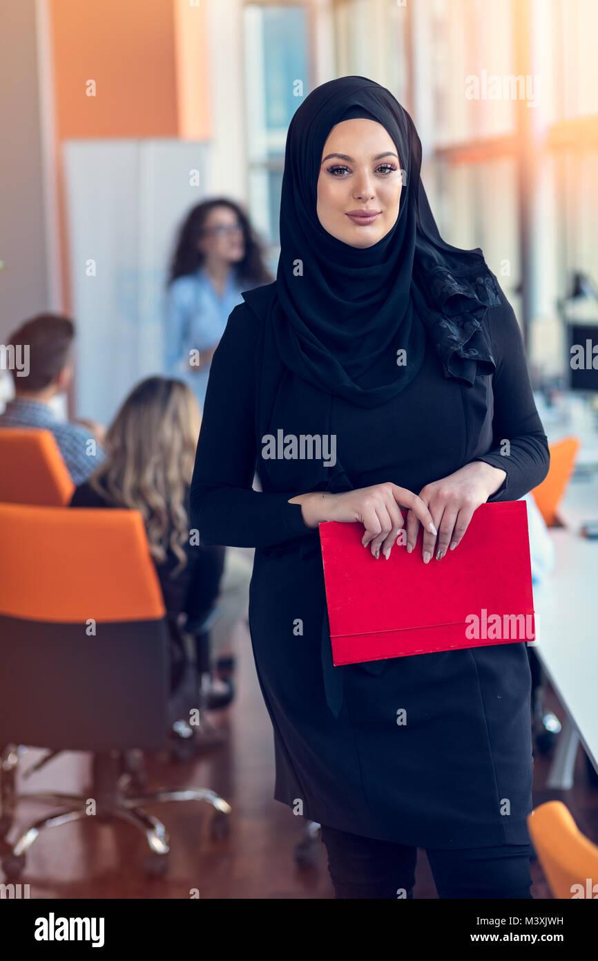 Arab mature women