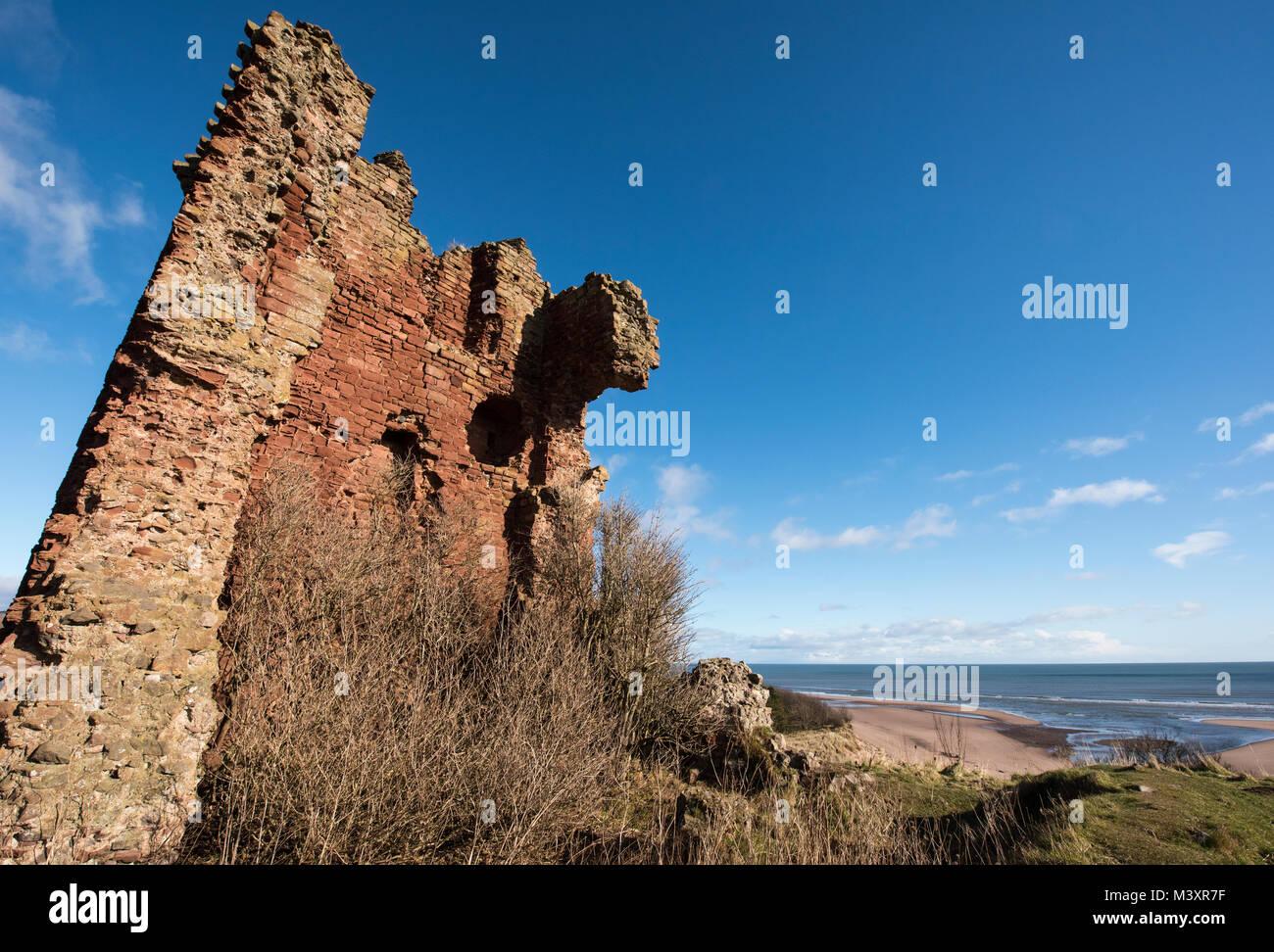Red Castle Lunan Bay, Angus, Scotland. - Stock Image