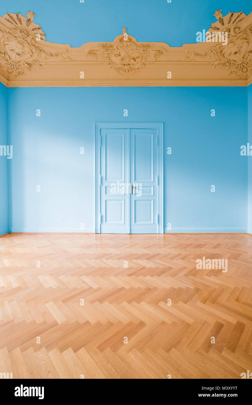 Herringbone Floor Stock Photos & Herringbone Floor Stock Images - Alamy