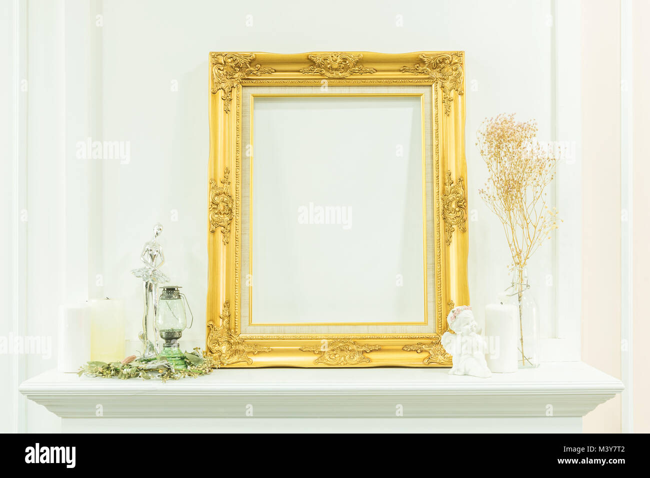 Vintage Decorative Frame Stock Photos & Vintage Decorative Frame ...