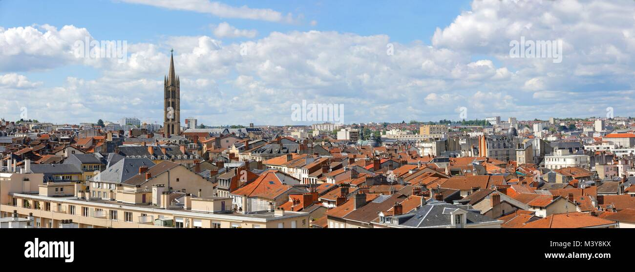 France, Haute Vienne, Limoges, church of Saint Michel des Lions, overall view of the town - Stock Image