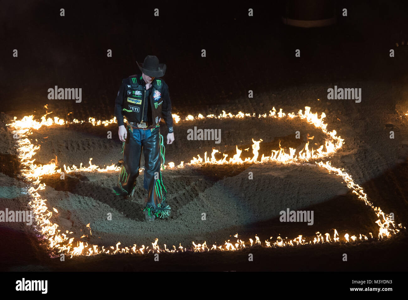 Kansas City, Missouri, USA. 10th Feb, 2018. MASON LOWE walks through the flames before the PBR Caterpillar Classic - Stock Image