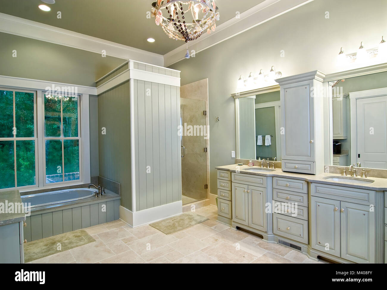 expensive modern bathroom remodel Stock Photo: 174569023 - Alamy