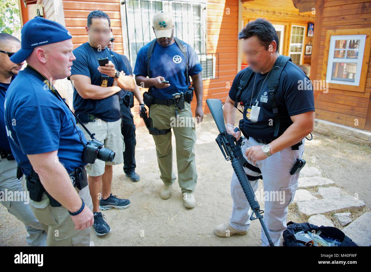SAN ANTONIO - The U S  Marshals Service and the San Antonio