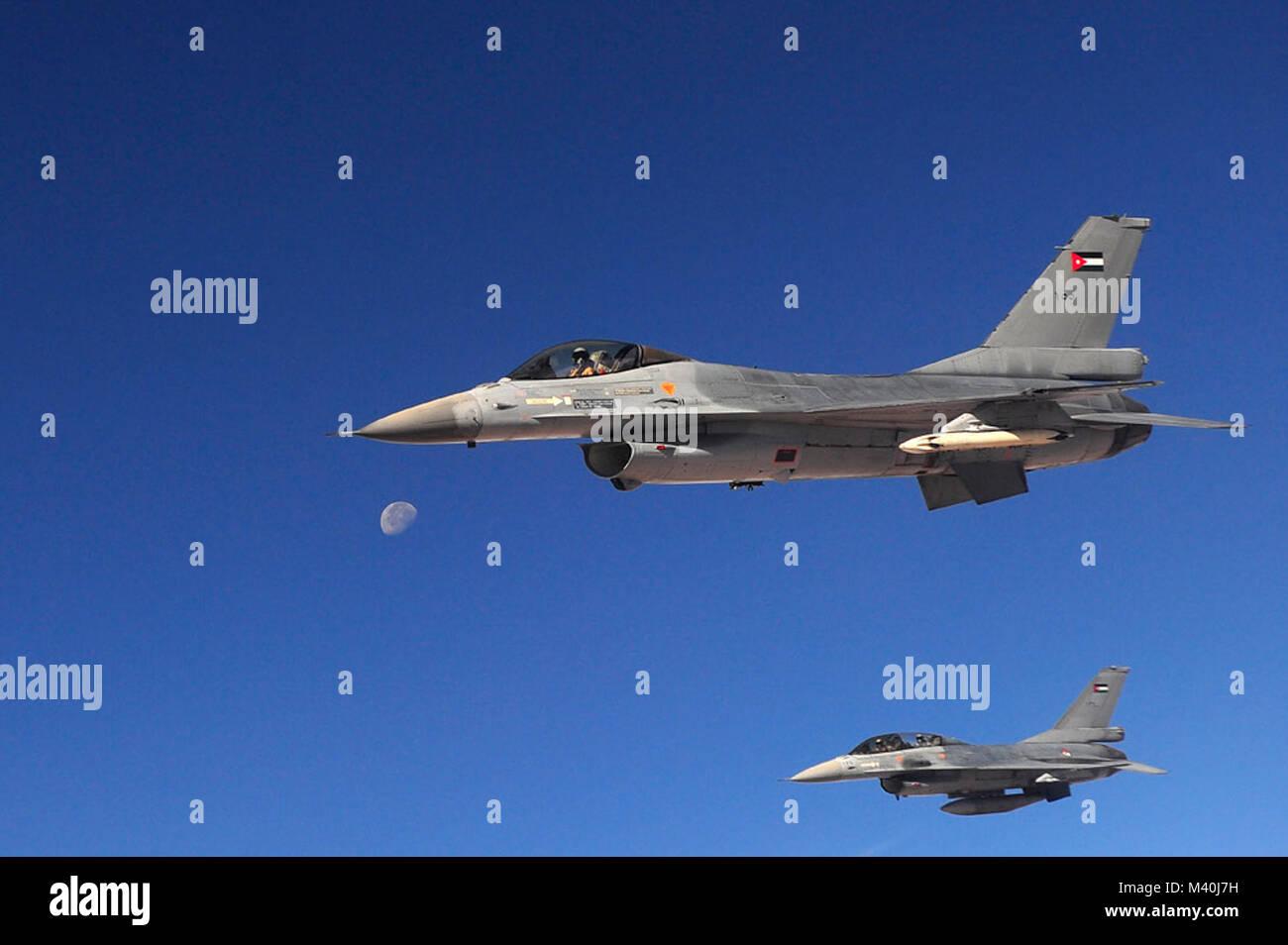 best sneakers 93b6a b0e29 Royal Jordanian Air Force F-16 Fighting Falcons fly over Jordan during a  refueling mission. (U.S. Air Force Photo Senior Airman Asha Kin)  111017-F-BB898-523 ...