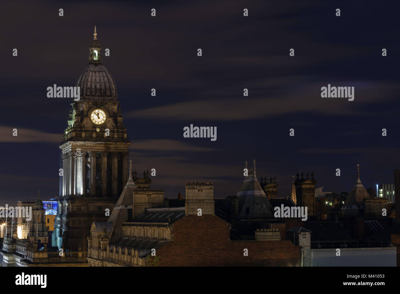The Leeds Town Hall at night - Stock Image