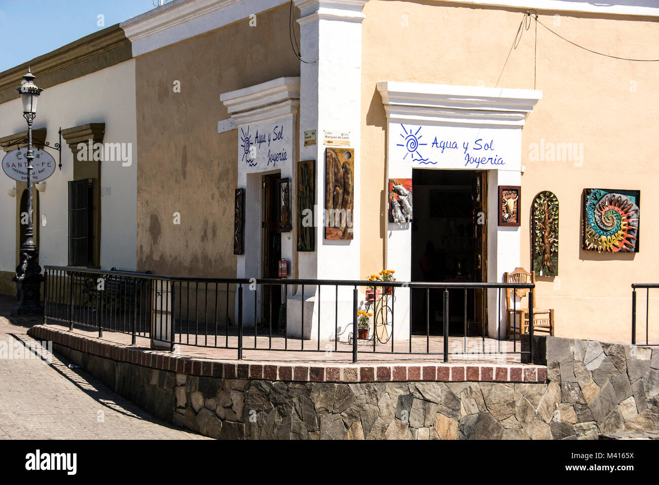 A store on a corner selling art and related items. Todos Santos, Baja California Sur, Mexico - Stock Image