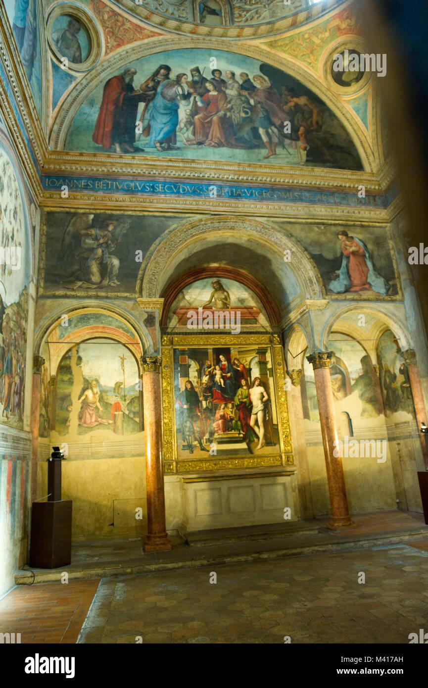 https://c8.alamy.com/comp/M417AH/italy-emilia-romagna-bologna-the-basilica-of-san-giacomo-maggiore-M417AH.jpg
