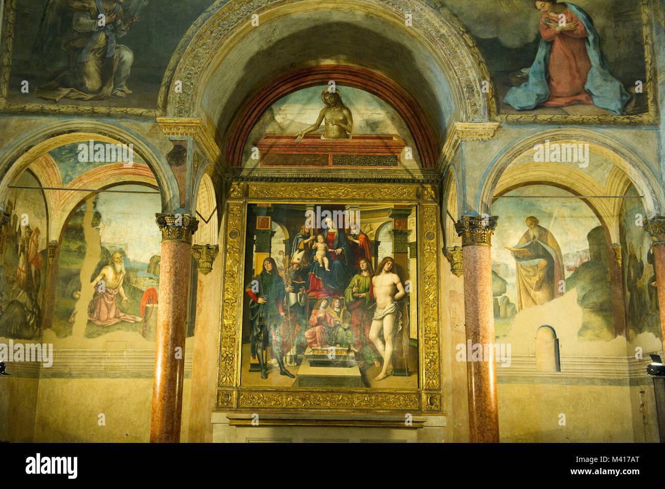 Italy, Emilia Romagna, Bologna, The Basilica of San Giacomo Maggiore. In the church there is the chapel Bentivoglio, - Stock Image