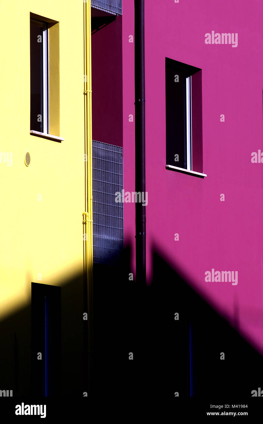 Housing In Rome Stock Photos & Housing In Rome Stock Images - Alamy