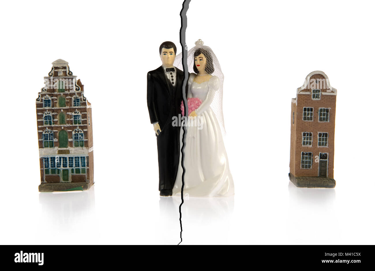 Divorce of a couple who are going to live in different hoouses - Stock Image