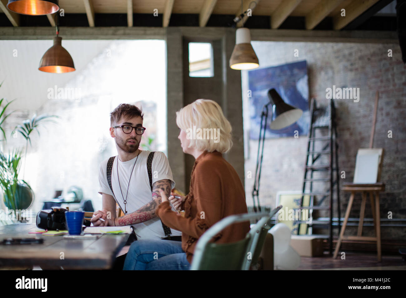 Two entrepreneurs in a business meeting - Stock Image