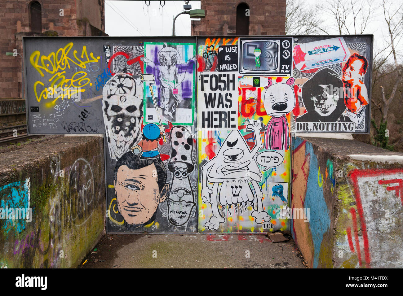 Europe, Germany, Cologne, graffiti on the Suedbruecke, railroad bridge across the river Rhine.  Europa, Deutschland, Stock Photo