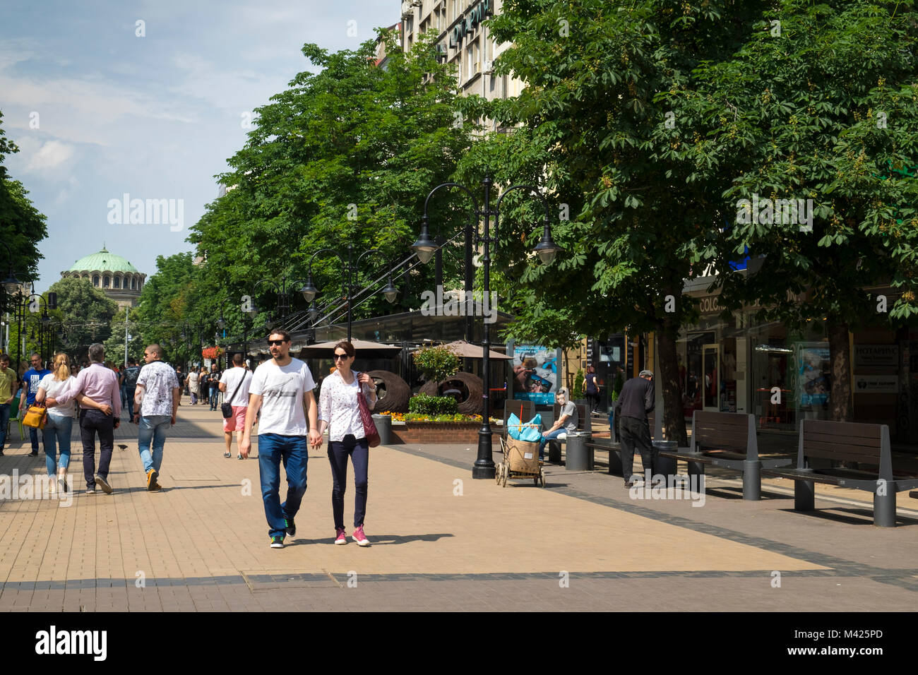 People on the fashionable Vitosha Boulevard, Sofia, Bulgaria, Europe - Stock Image