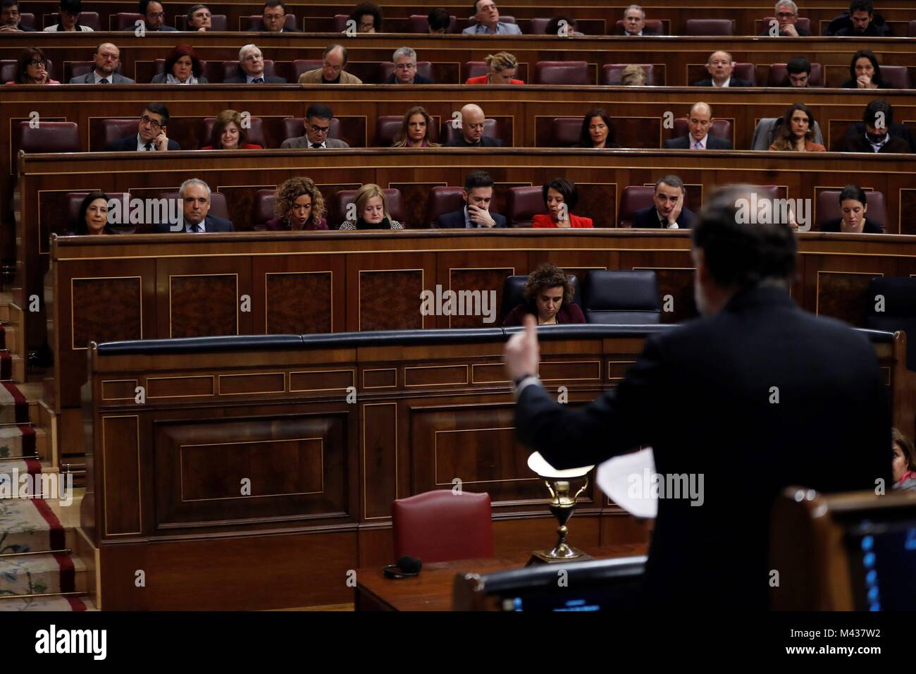 Madrid, Spain. 14th Feb, 2018. Spanish Prime Minister, Mariano Rajoy (R, front), answers a question in front of - Stock Image