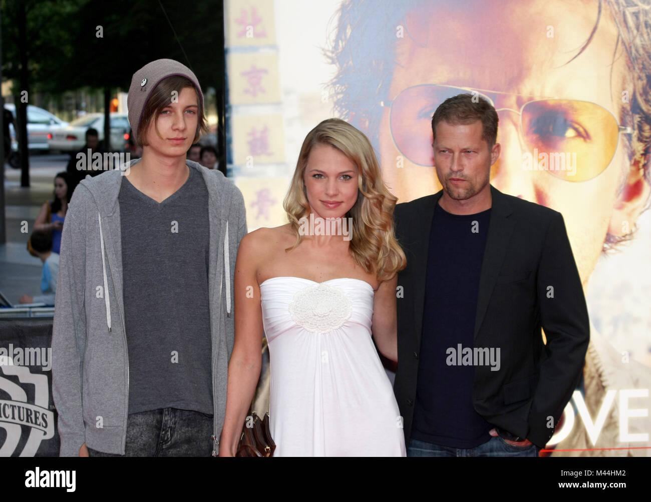 Til Schweiger, Svenja Holtman and son Valentin - Stock Image