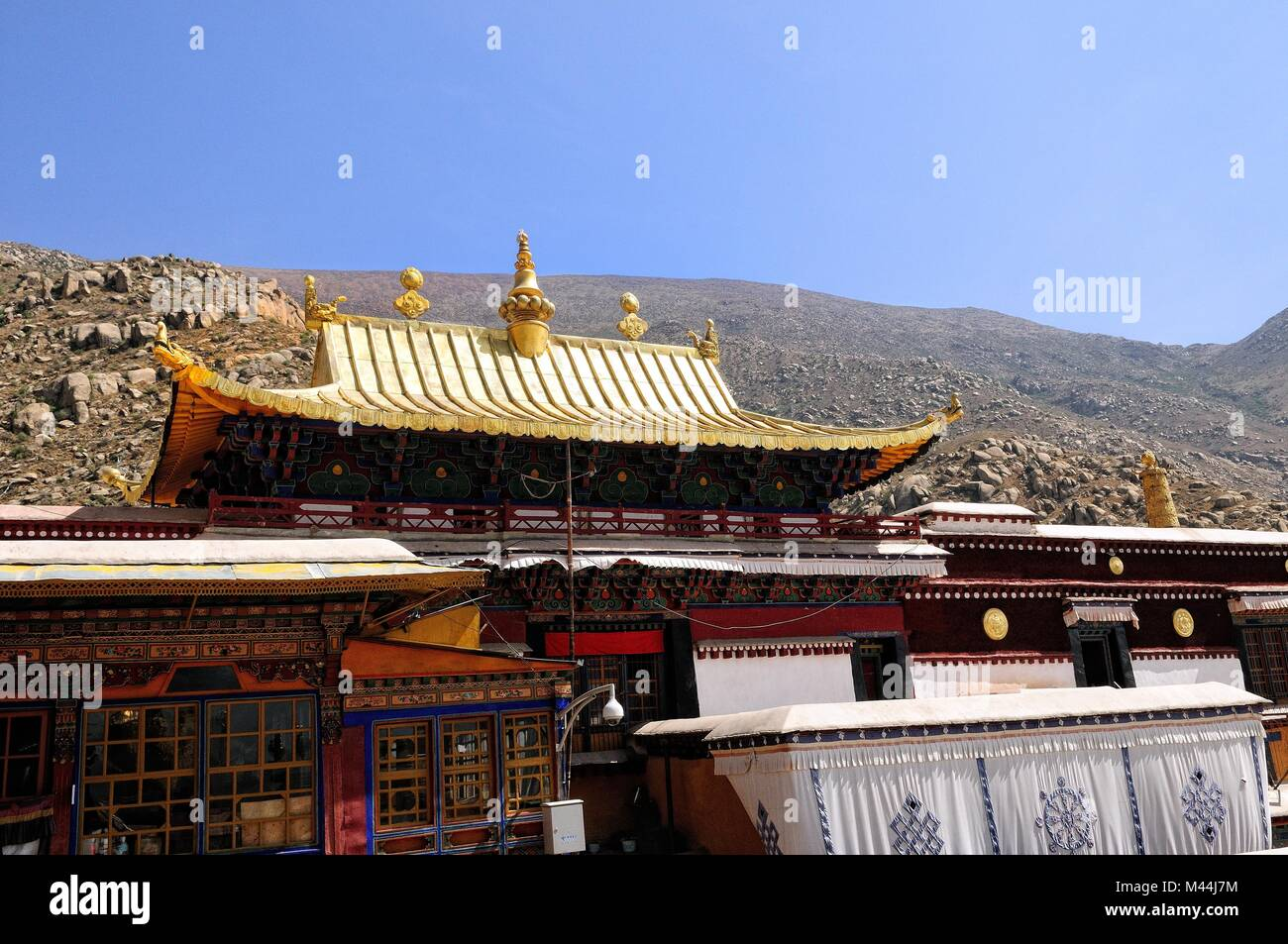 Golden Roof at Drepung Monastery in Lhasa Tibet - Stock Image