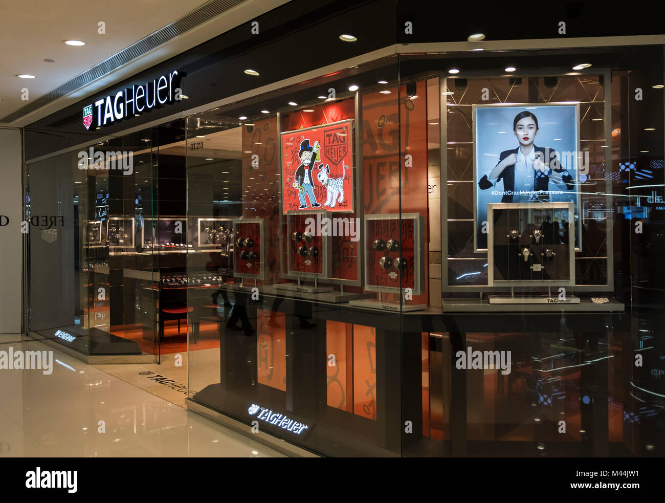 e092cb25f0e Tag Heuer Store Stock Photos & Tag Heuer Store Stock Images - Alamy