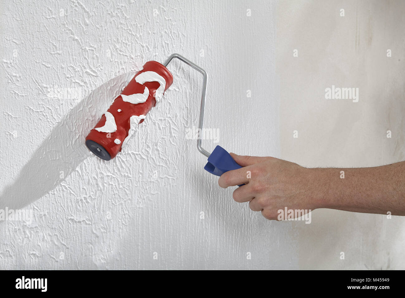 Create walls with paint and plaster - Stock Image