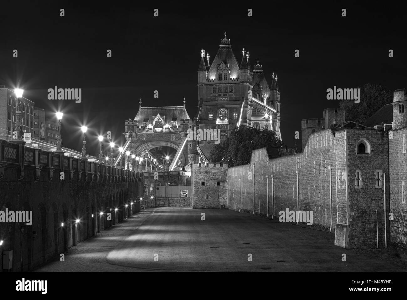 Tower Bridge London Night Black And White Stock Photos Images