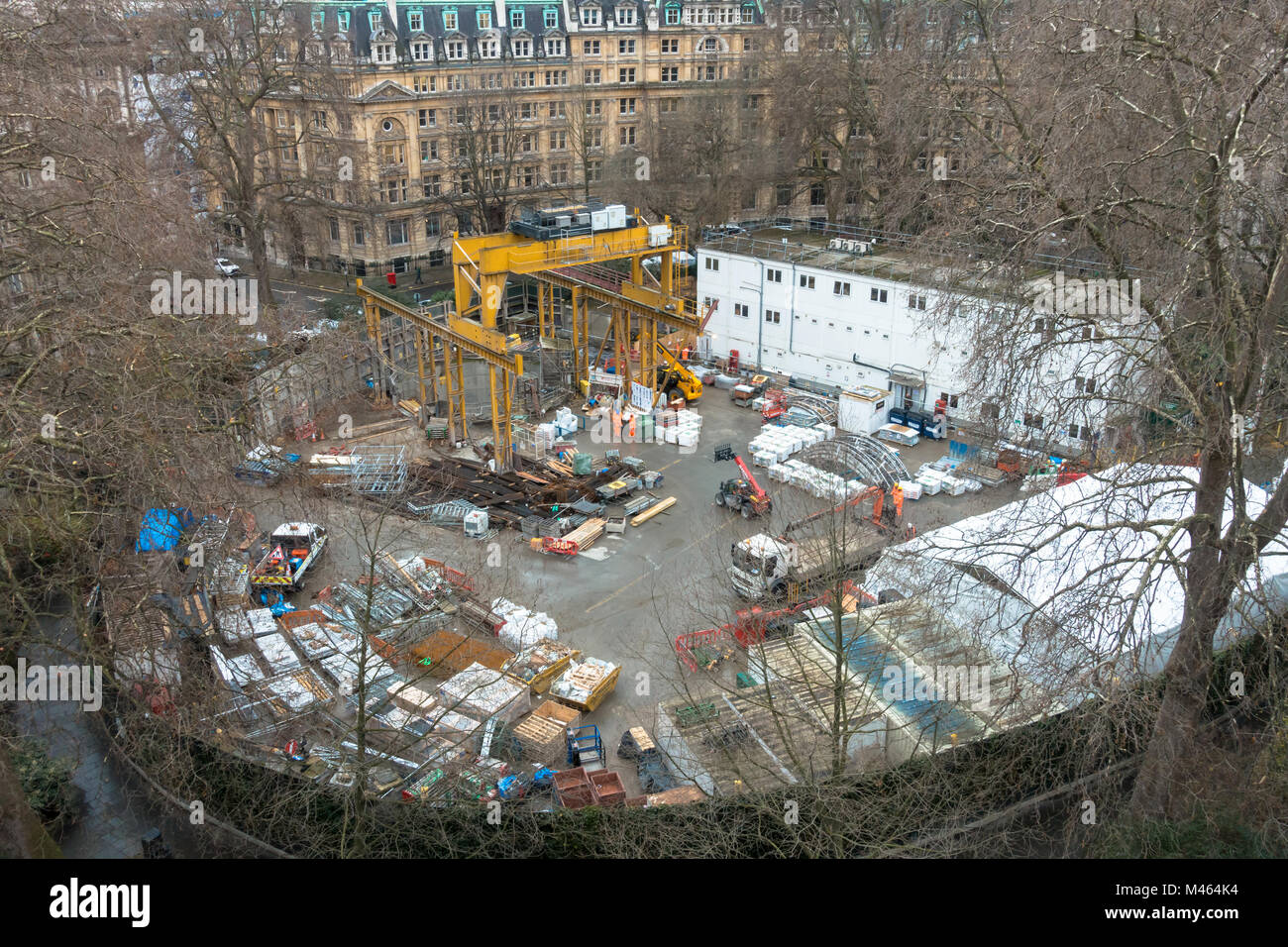 An access shaft is dug into the ground in Finsbury Circus Gardens in  London as part of building the new Crossrail - Stock Image