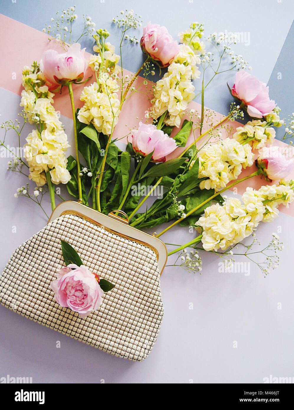 Alternative Bouquet Stock Photos & Alternative Bouquet Stock Images ...