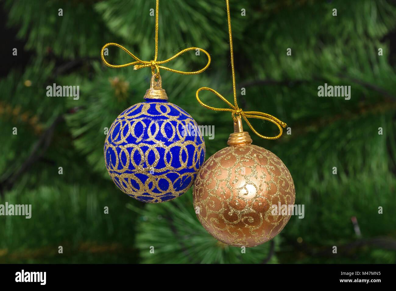 Green Tinsel Christmas Tree - Tinsel Christmas Tree Diy Haymes Paint ...