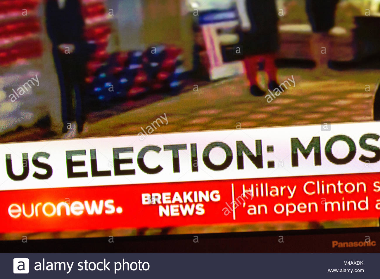 Breaking news US elections signs on Euronews TV - Stock Image