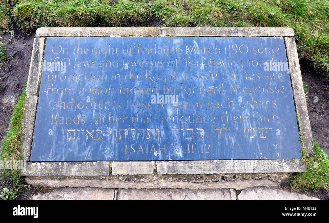 Plaque remembering the jewish massacre that took place in York 1190 - Stock Image