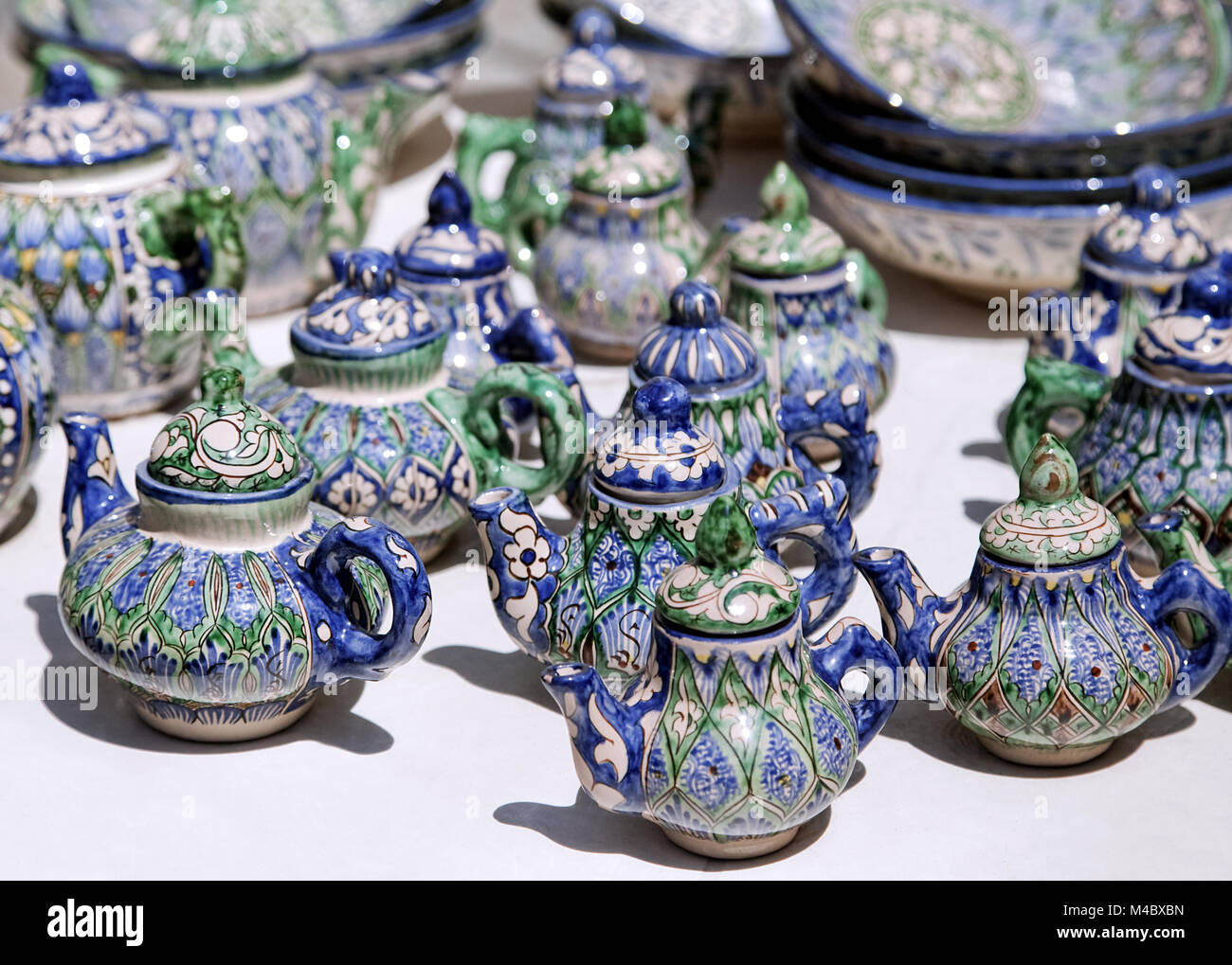 Ceramic teapots, Uzbekistan - Stock Image