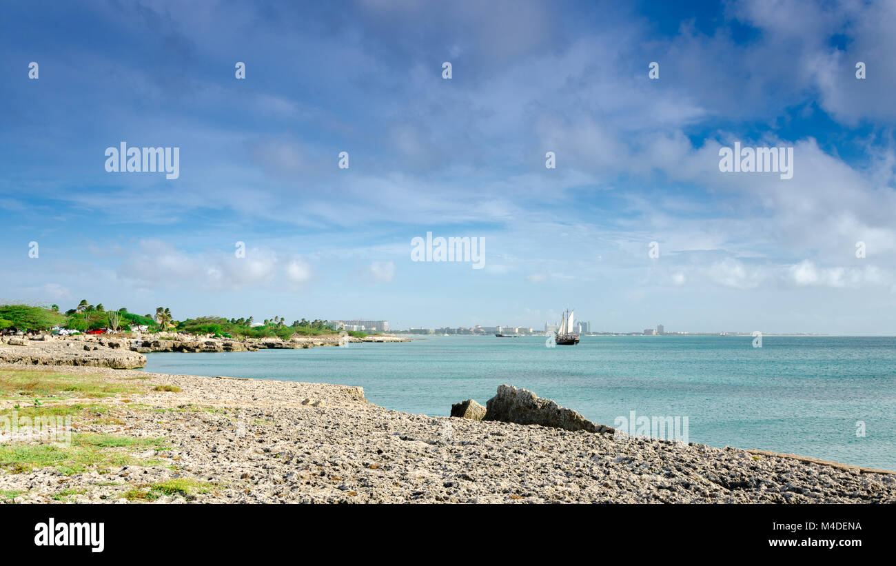 Tourist sailboat anchored in the sea in Aruba - Stock Image