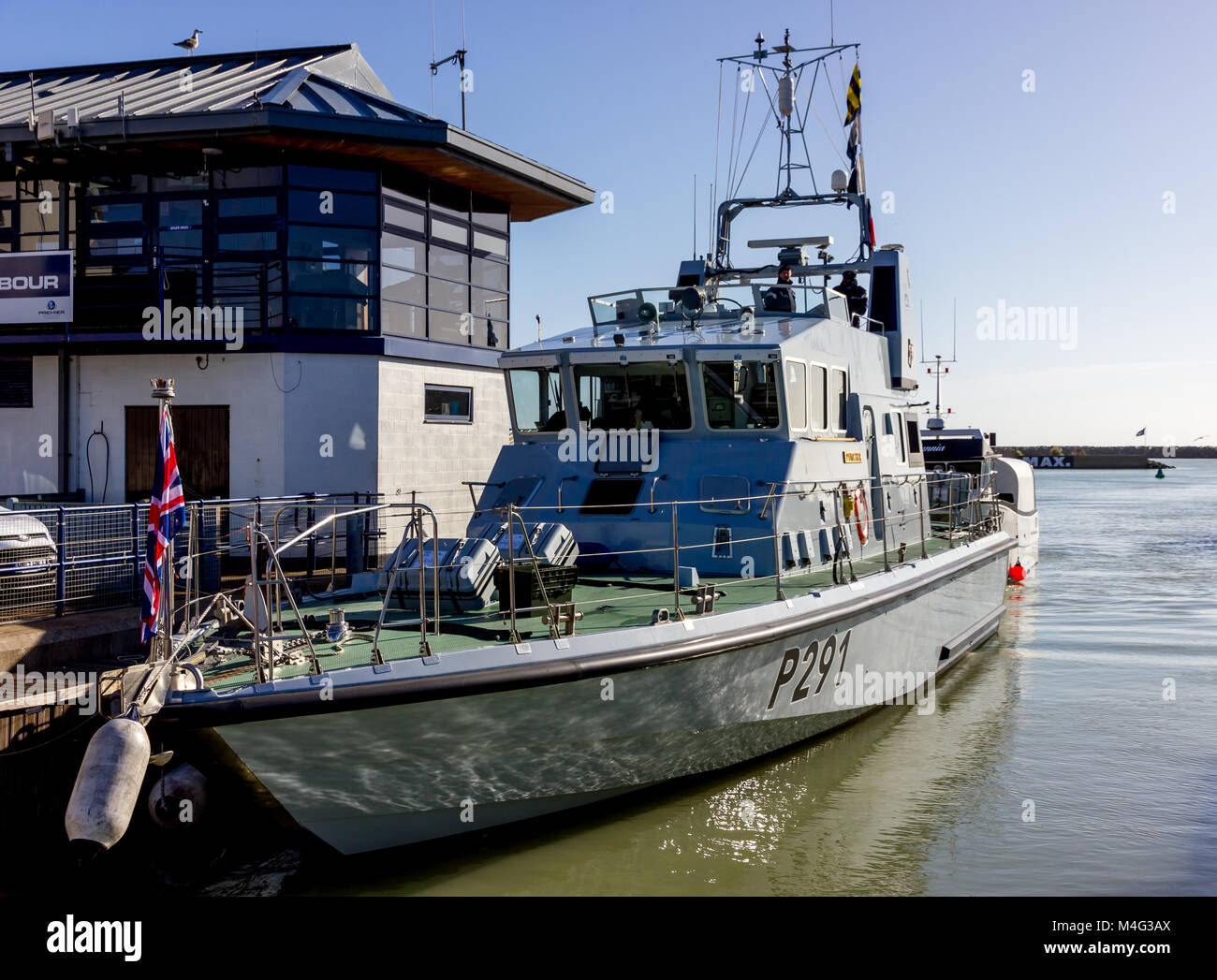 Sovereign Harbour, Eastbourne, UK. 16th February, 2018. HMS Puncher a Royal Navy Archer Class patrol vessel starts - Stock Image