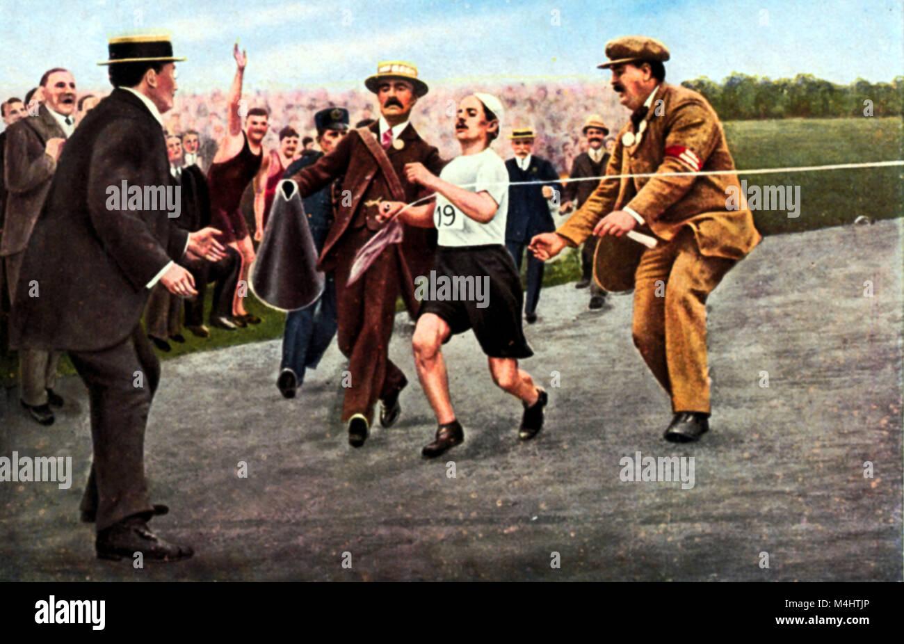 Athletics, Dorando Pietri at the finish, Marathon, Olymic Games 1908 in London, Great Britain Stock Photo