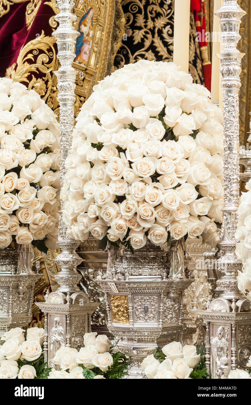 Detail of the floral decoration of the float of pallium of the brotherhood of 'Los Estudiantes' - Stock Image