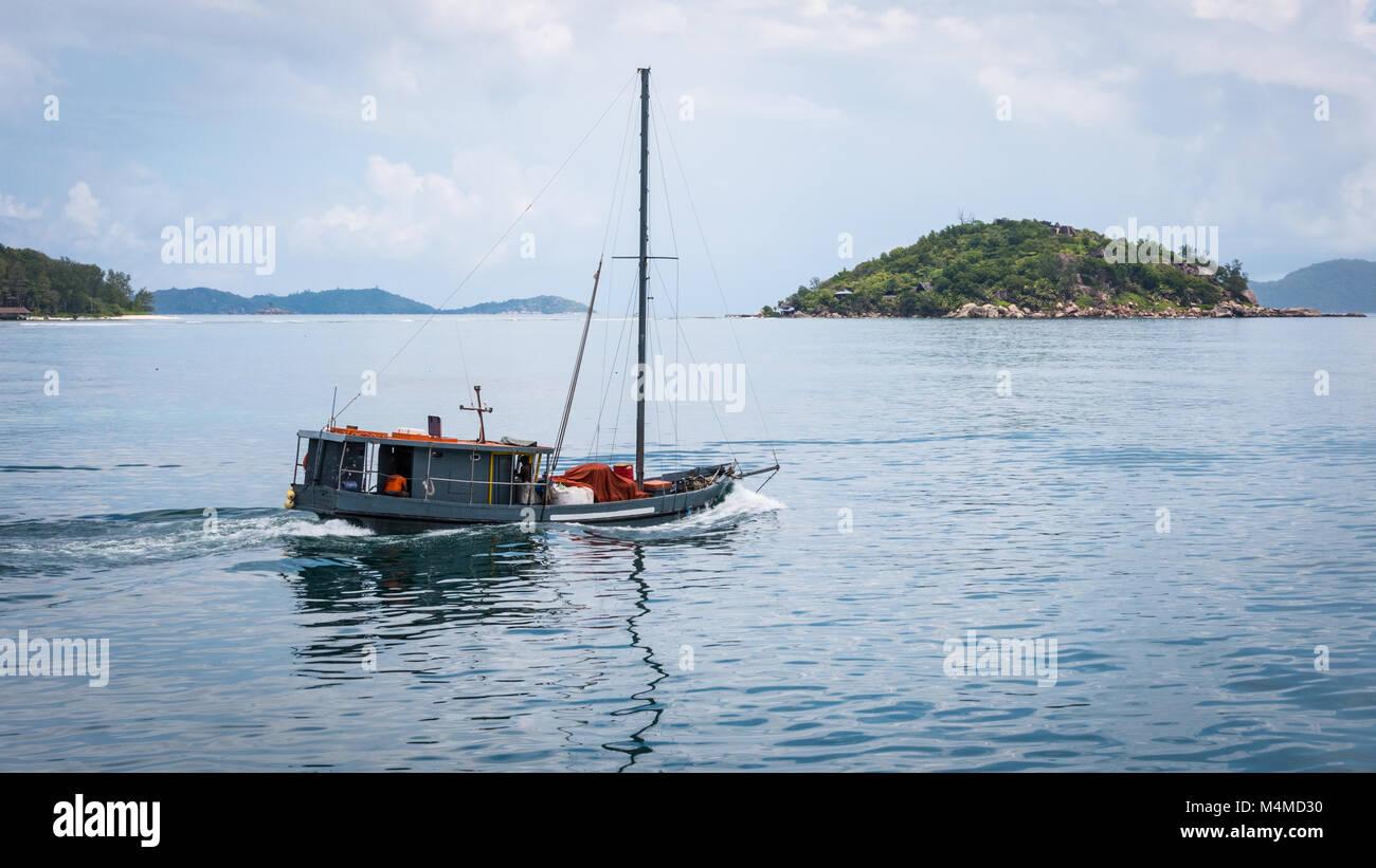Fishing Boat, Praslin Island, Seychelles - Stock Image