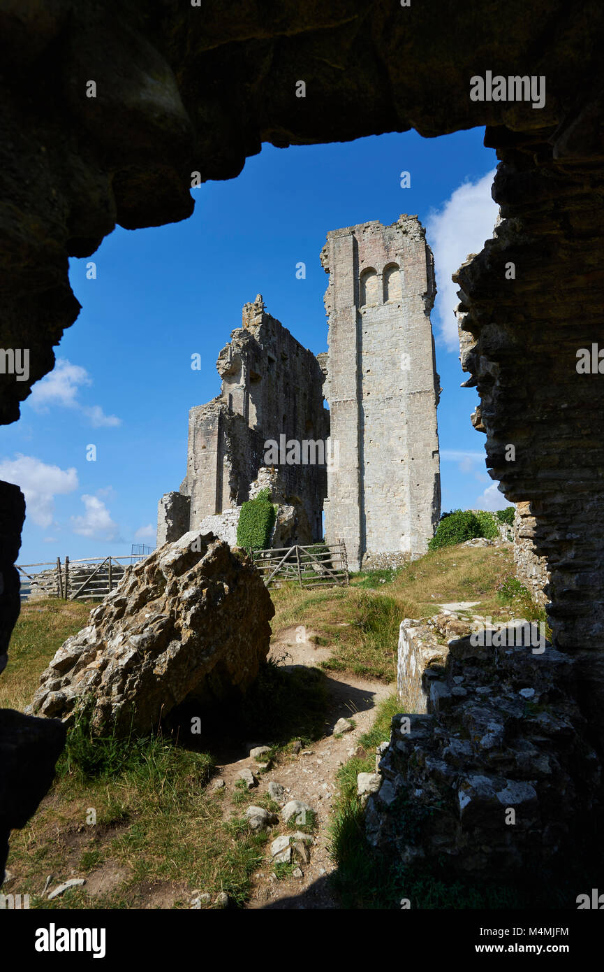 Medieval Corfe castle Keep cloase up, built in 1086 by William the Conqueror, Dorset England Stock Photo