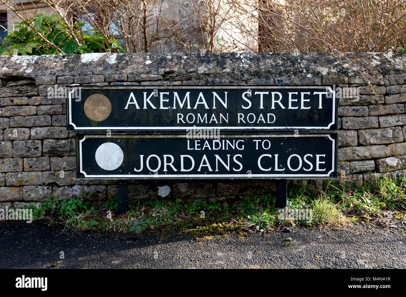 Akeman Street sign, Ramsden, Oxfordshire, England, UK Stock Photo