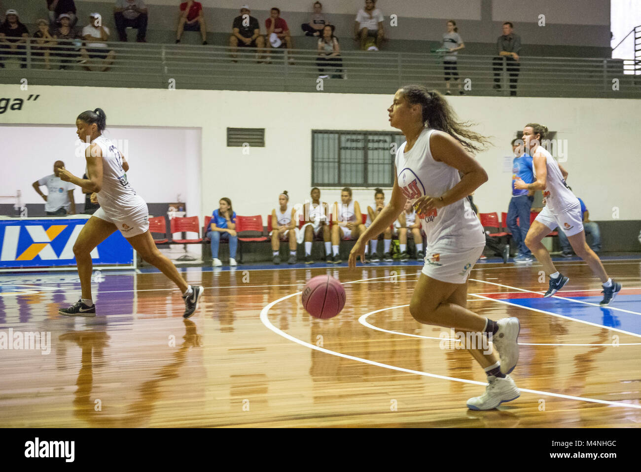 Campinas, Brazil. 16th Feb, 2018. Blumenau with possession of the ball during the match Vera Cruz vs. Blumenau for - Stock Image