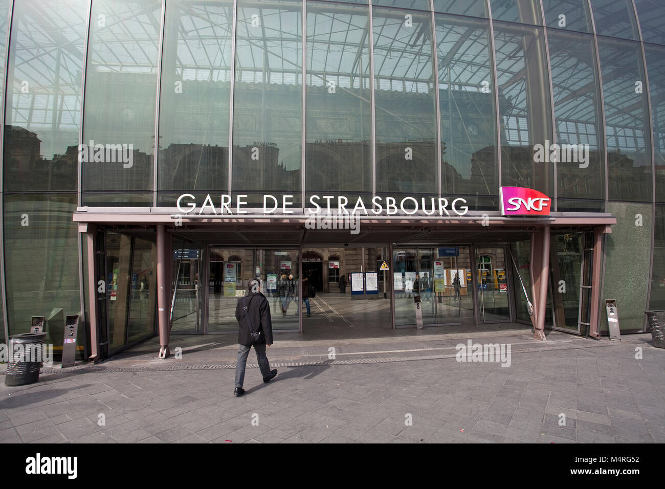 Train station, modern glass construction covers the old building of the 19th century, Strasbourg, Alsace, Bas-Rhin, - Stock Image