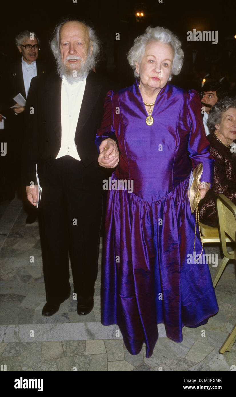WILLIAM GOLDING British author and Nobel prize laureate in literature at Nobel Banquete with wife Anne 1983 Stock Photo