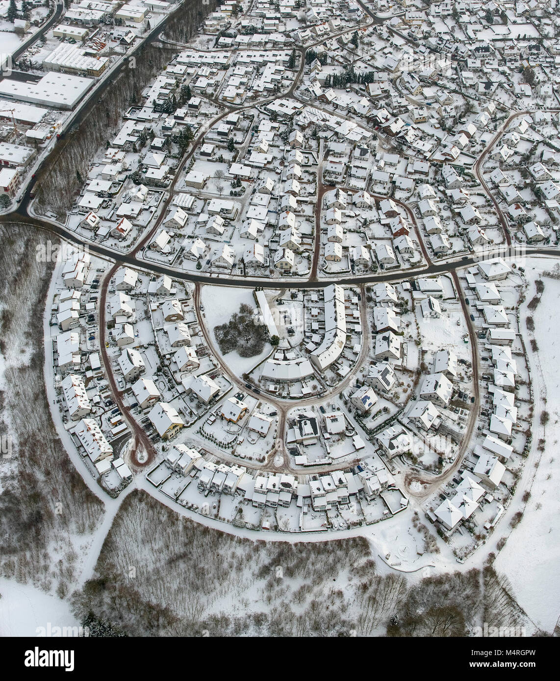 Aerial view, single-family home settlement Anton-pity-way single-family semi-detached houses in the snow, Bergheim, - Stock Image