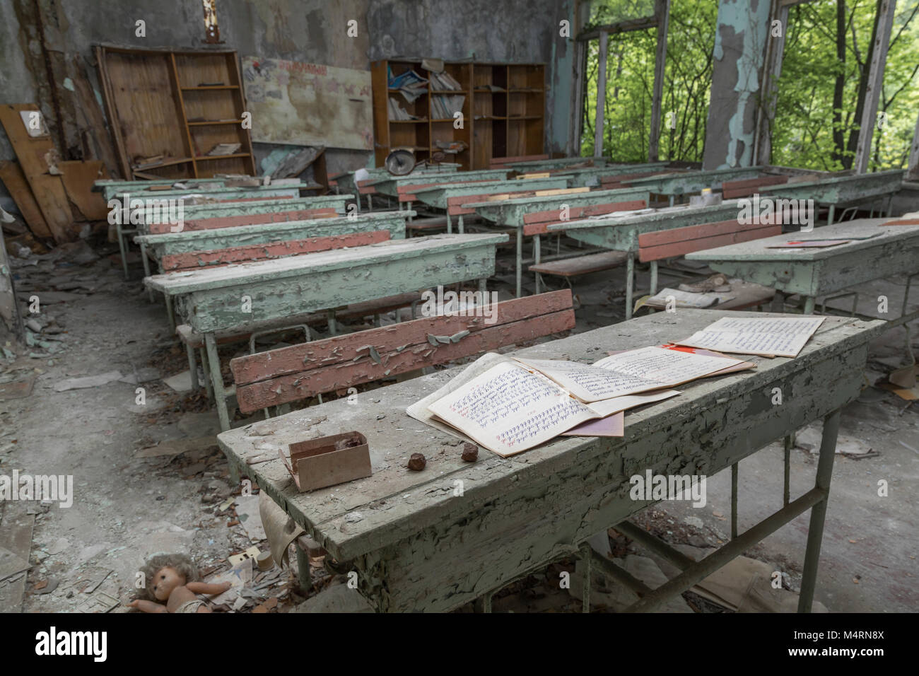 An abandoned class room in the town of Pripyat, Chernobyl, Ukraine - Stock Image