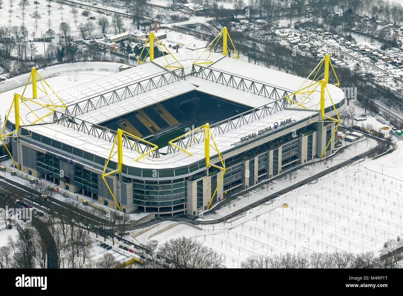 Dortmund Dortmund Bundesliga Stadium In The Snow High Resolution Stock Photography And Images Alamy