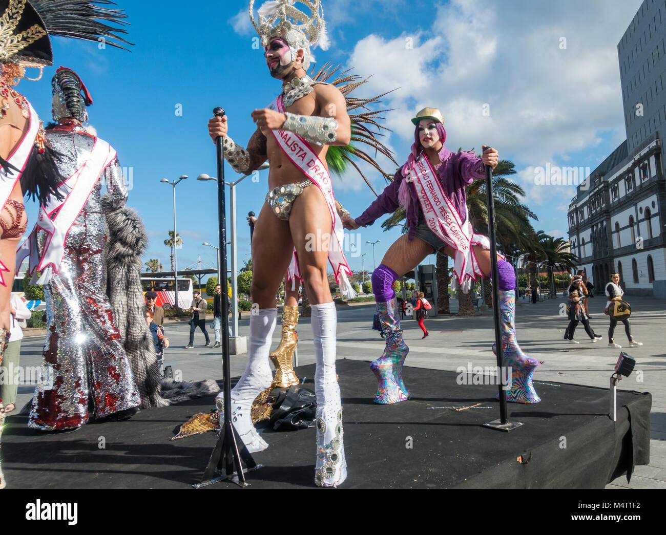 72b98622de6 Drag Queen Carnival On Gran Stock Photos   Drag Queen Carnival On ...