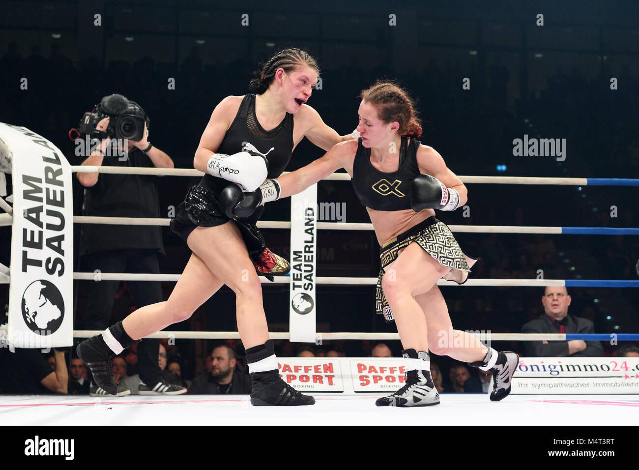 Ludwigsburg, Deutschland. 17th Feb, 2018. Nina Meinke (GER) vs Vissia Trovato (ITA). GES/ Boxen/ WIBF/GBU World - Stock Image