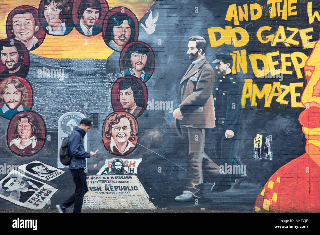 Republican mural commemorating the hunger strike, Falls Road, Belfast, Country Antrim, Northern Ireland. - Stock Image